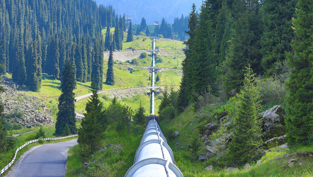 Pipeline into distance